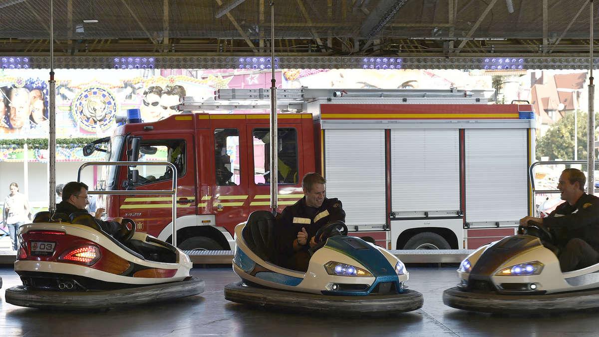 So feierte die Münchner Feuerwehr auf der Wiesn - Bilder ...