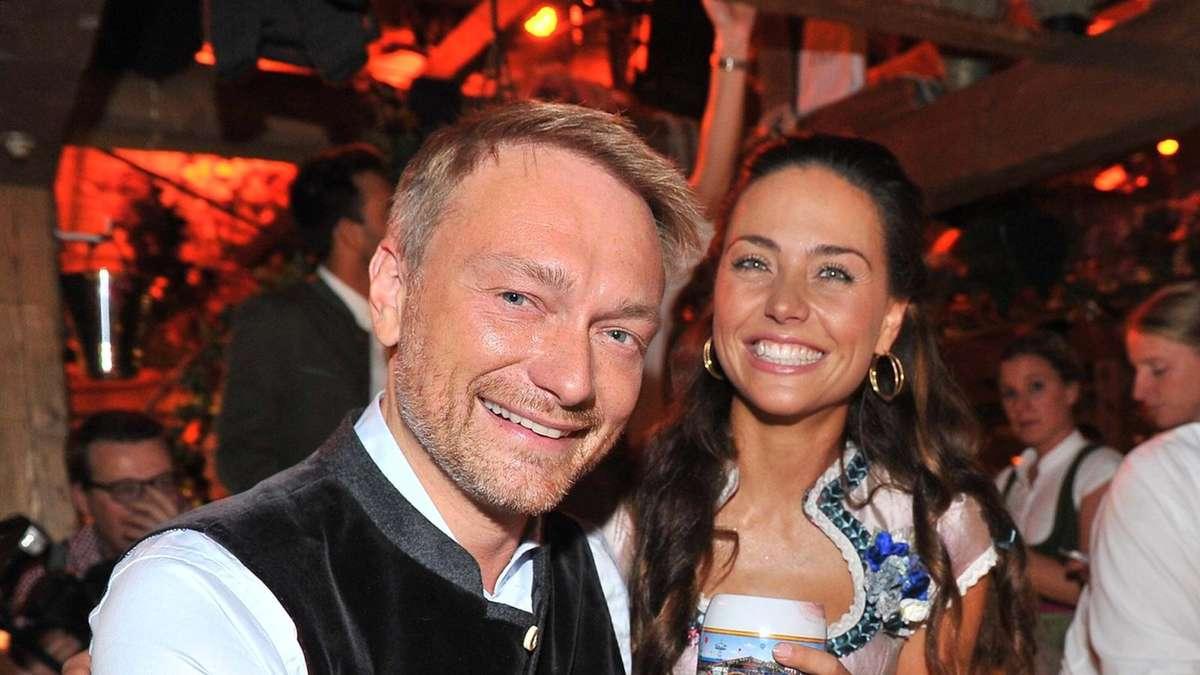 Oktoberfest 2018: Christian Lindner zeigt sich verliebt mit Freundin ...